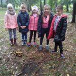 Jesienny totem uczniów klasy 2b- jeleń.