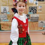 """Marysia Świdzikowska recytuje wiersz """"Samochwała"""""""