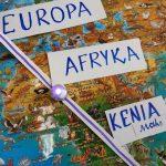 Ozobot pokonuje traasę między dwoma kontynentami: Europą a Afryką.