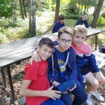 Uczniowie klas VII a i VII j na wycieczce w Parku Botanicznym Piaskownia